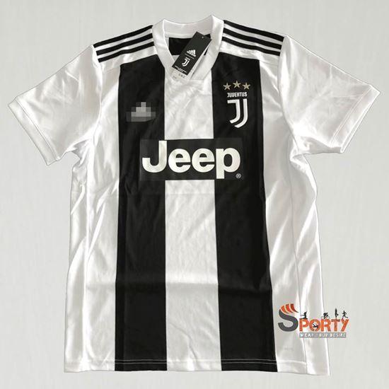 Picture of Juventus 2018/19 home kit